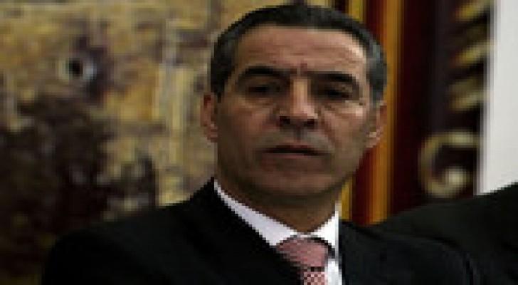 مسؤول فلسطيني: حكومة التوافق ملتزمة بتسهيل دخول مواد البناء لغزة