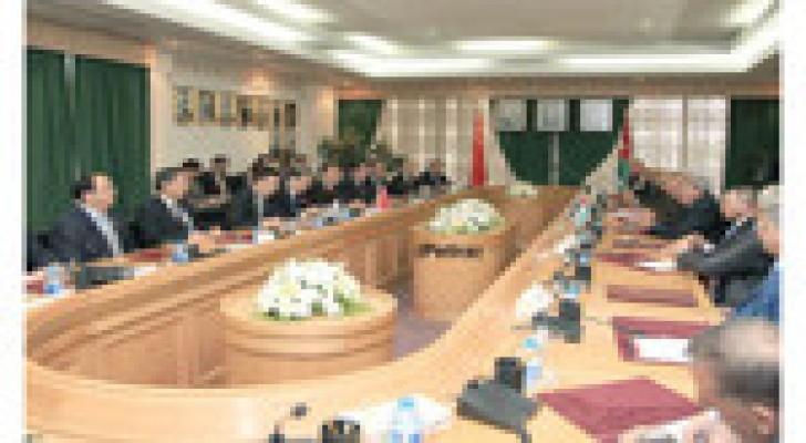 الروابـدة يؤكـد حـرص الأردن على تطوير العلاقات الأردنية الصينية
