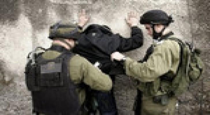 الاحتلال يعتقل 9 فلسطينيين بالضفة الغربية