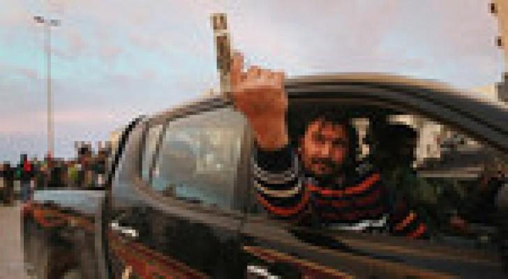ليبيا: انفجار سيارتين مفخختين في طبرق