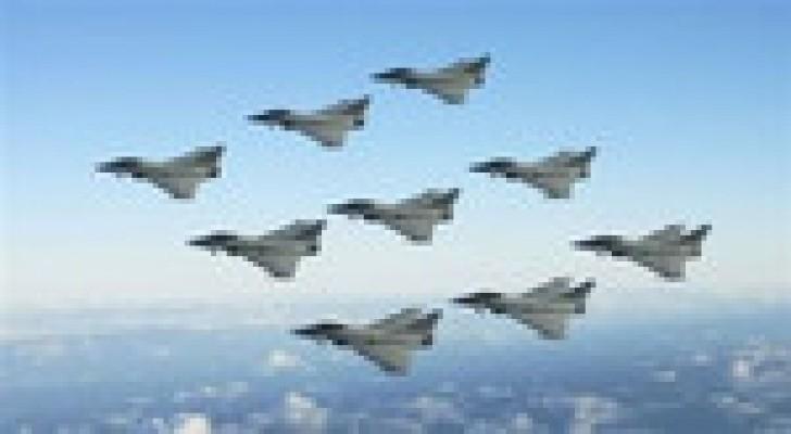 فرنسا تدرس نشر طائرات في الأردن لمحاربة تنظيم الدولة