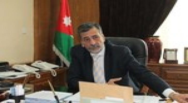 الكلالدة: بطاقة تعريفية لتنفيذ إجراءات ميزات أبناء الأردنيات