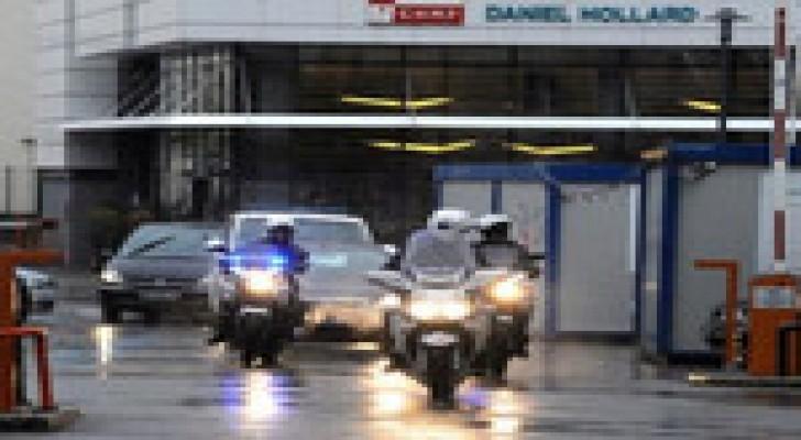 بوتفليقة يغادر المستشفى في فرنسا