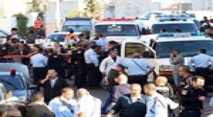 قوات الاحتلال  تحاصر منزلين بالقدس يعتقد أنهما لمنفذي عملية الكنيس
