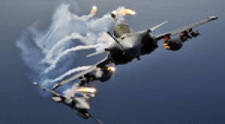 فرنسا سترسل  6 مقاتلات إلى الأردن لاستهداف مسلحي داعش في العراق