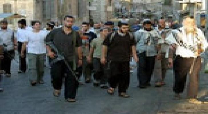 مستوطنون متطرفون يقتحمون المنطقة الشرقية من نابلس