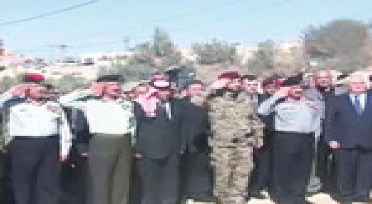 مندوب الملك يشارك بتشييع جثمان أحمد علاء الدين