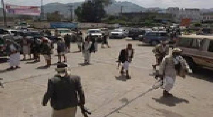 إصابة 3 من مسلحي القبائل وحوثيين اثنين في اشتباكات وسط وشمالي اليمن