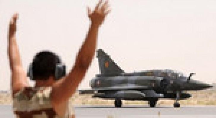 """مقاتلات فرنسية  تتمركز في الأردن لضرب """"داعش"""""""