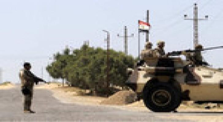 مقتل ضابط شرطة في تفجير عبوة ناسفة بسيناء المصرية