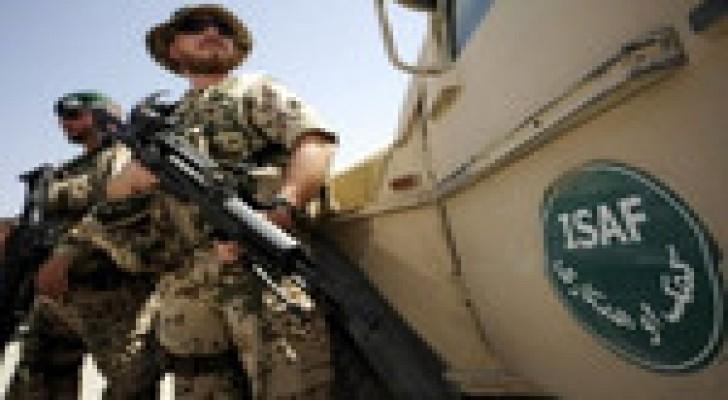 """مقتل جنديين من قوات """"الإيساف"""" في تفجير بأفغانستان"""