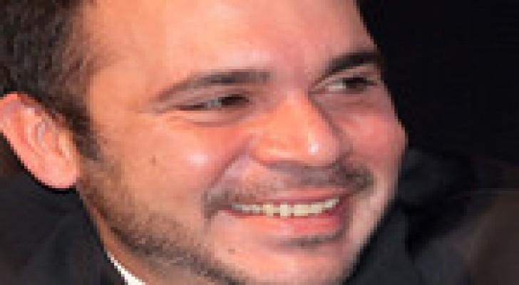 الأمير علي  يدخل  رسميا سباق رئاسة الفيفا