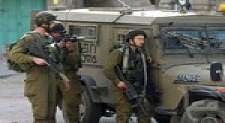 الاحتلال الاسرائيلي ينفذ عملية عسكرية في الخليل