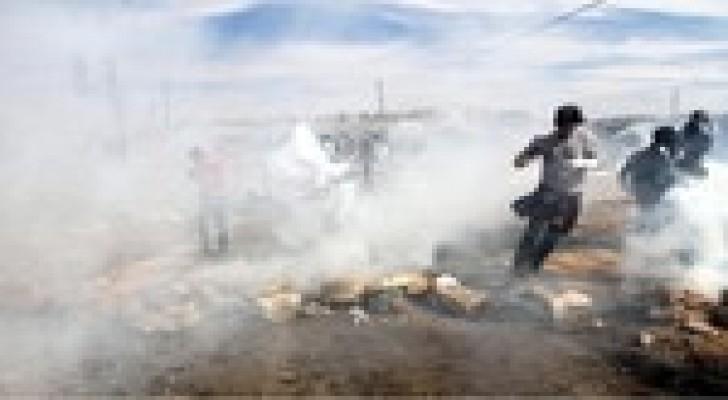 اعتقال 2 وإصابة العشرات خلال تفريق مسيرات مناهضة للاستيطان بالضفة الغربية