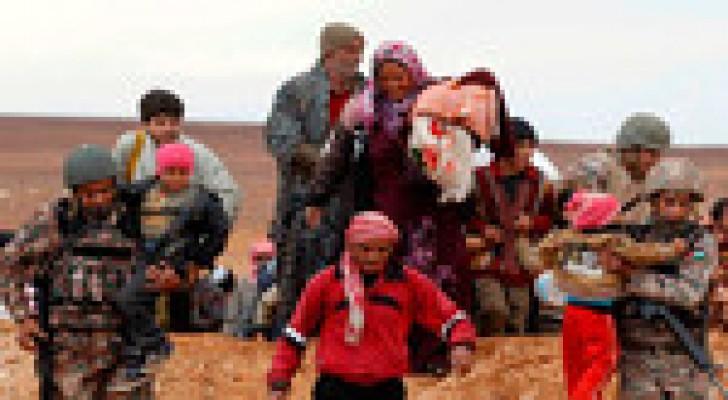 حرس الحدود تستقبل 82 لاجئا سوريا