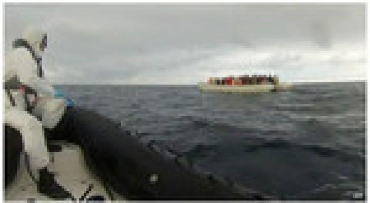 خفر السواحل الإيطالية ينقذون ألفي مهاجر أمام سواحل ليبيا