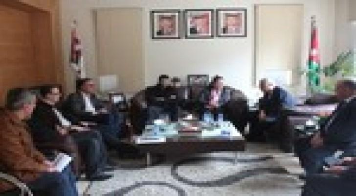 الاميرة سناء عاصم و امين عمان يبحثان اوجه التعاون في مجال الطاقة المتجددة