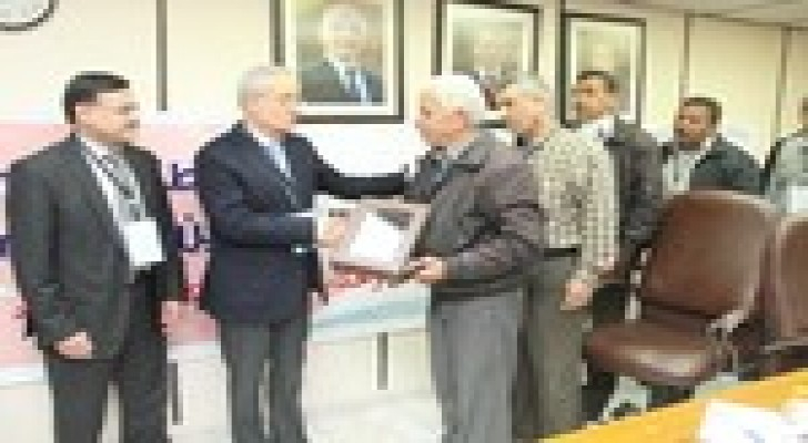 """وزارة المالية تحتفي بالمتقاعدين العسكريين وتطلق اسم الشهيد """"الكساسبة"""" على احدى قاعاتها"""