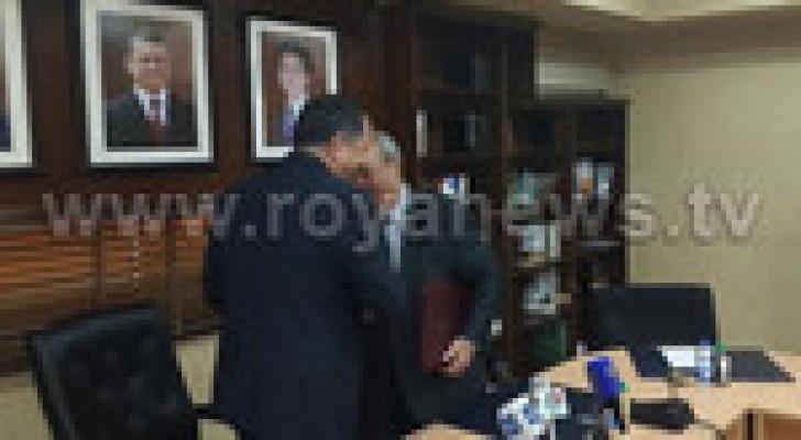 وزارة العدل ونقابة المحامين يوقعان مذكرة تفاهم في مجال المساعدة القانونية