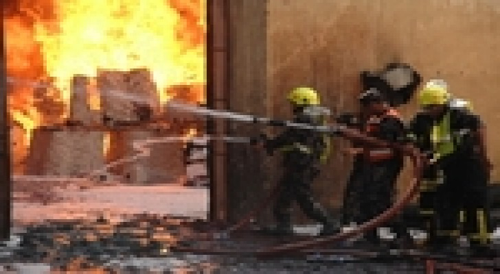 إصابة سيدة اثر حريق داخل منزل في الزرقاء