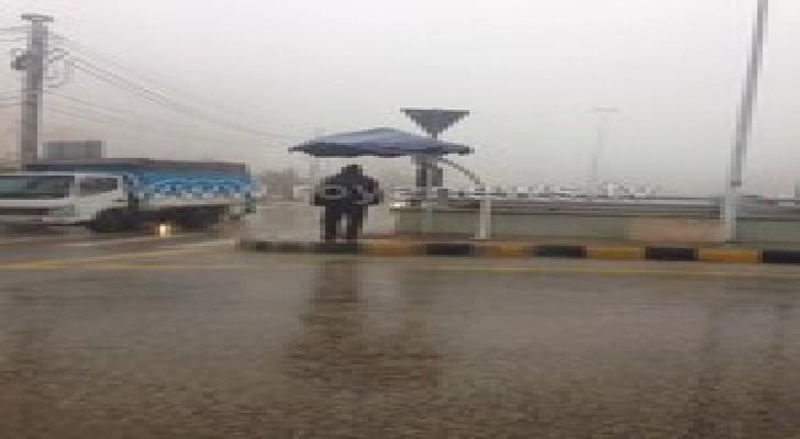 """العاصفة """" جنى """" تدخل عمان عن طريق الضباب.. صور"""