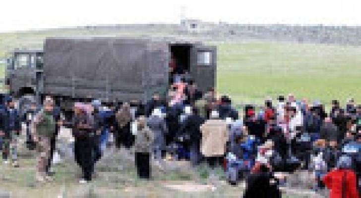 حرس الحدود يستقبل 92 لاجئا سوريا