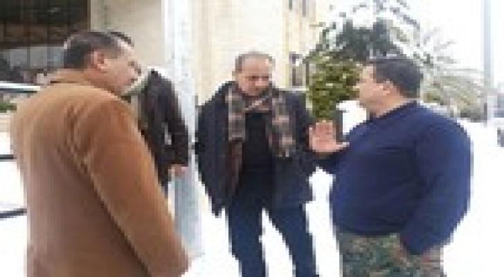وزير البلديات يقوم بجوله تفقدية في محافظة البلقاء .. صور