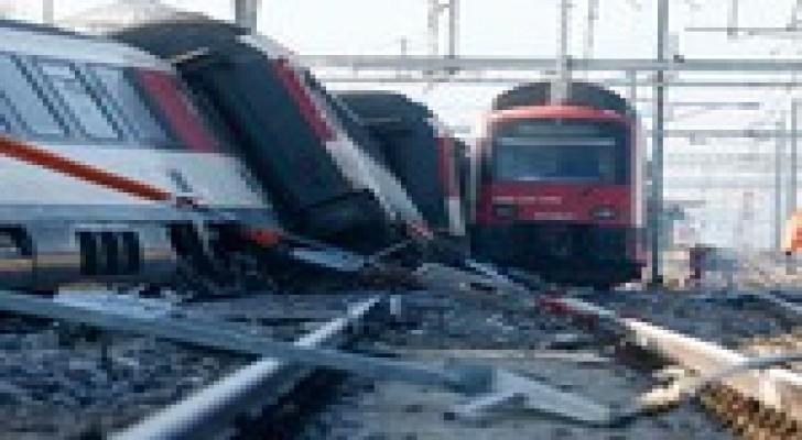 5 جرحى في اصطدام قطارين شمال زوريخ