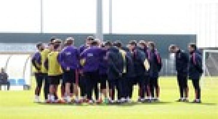 برشلونة يواجة ملقة اليوم في الليجا