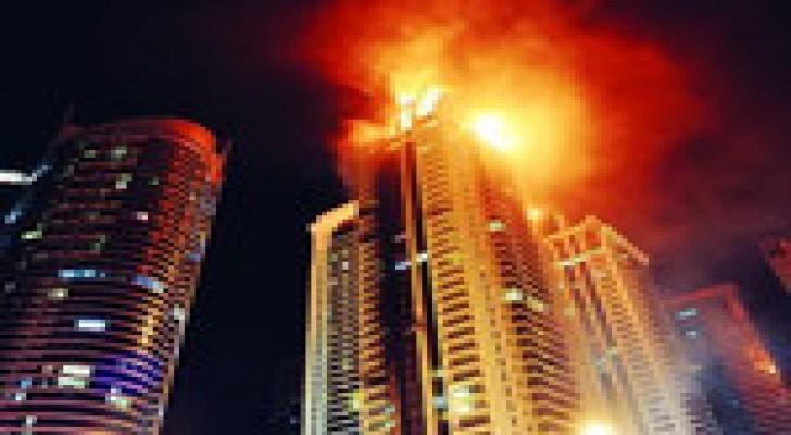 إخماد حريق في ثاني أطول برج سكني بدبي