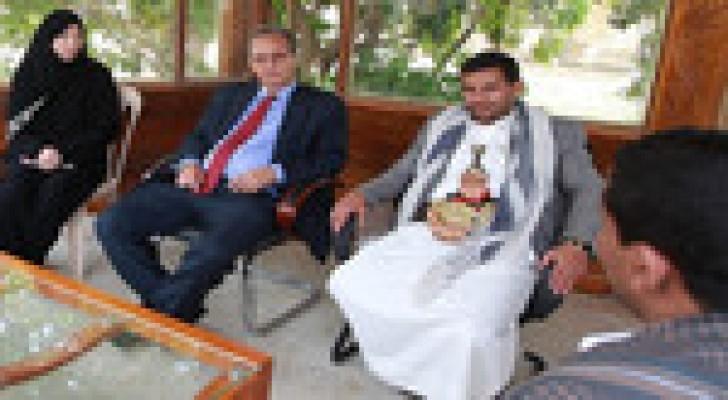 تأجيل جلسات الحوار بين القوى السياسية اليمنية والحوثيين إلى غد الأحد