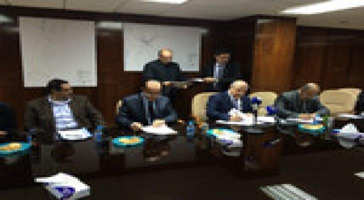 وزير المياه والري يوقع اتفاقية توسعة محطة كفرنجة بقيمة 10,5 مليون دينار