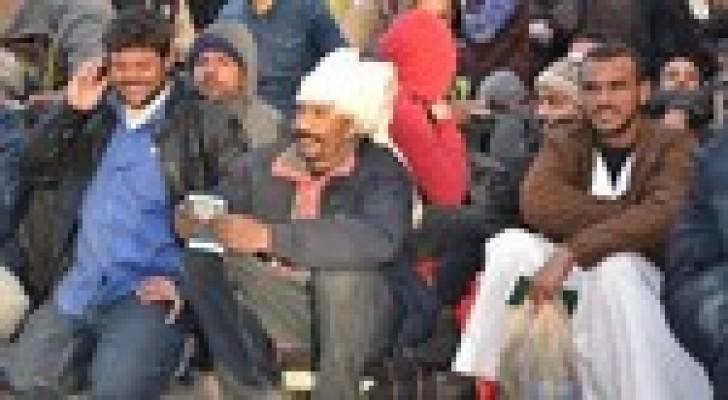 إجلاء دفعة ثانية من المصريين العالقين في ليبيا