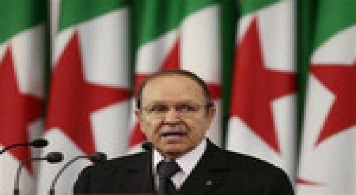 """الرئيس الجزائري يحذر من """"محاولات داخلية وخارجية لضرب استقرار البلاد"""""""
