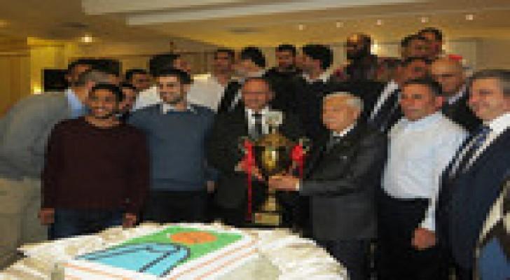 الارثوذكسي يكرم نجوم السلة لحصولهم على لقب الدوري