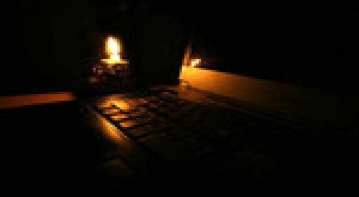 إنقطاع الكهرباء عن حي في ضاحية الرشيد