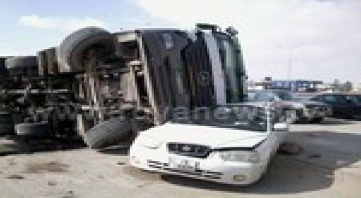 بالصور .. اصابة 4 أشخاص بحادث سير في الكرك