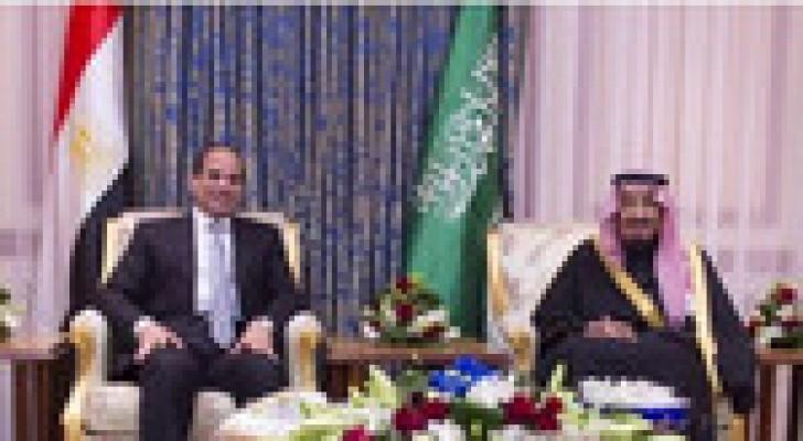 العاهل السعودي يستقبل السيسي بالرياض