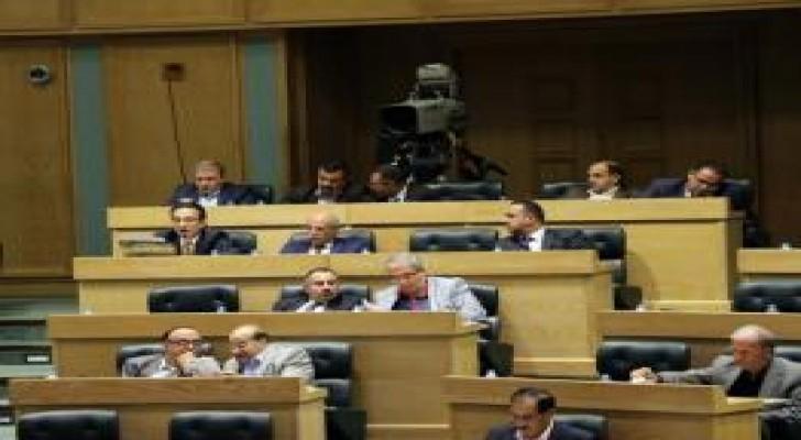 """مجلس النواب يقرر عدد من مواد قانون """"اللامركزية"""""""