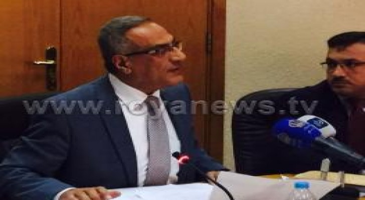 وزارة الصحة تعين ٤٠٠ طبيب لسد نقص الاطباء والنسور يؤكد: الحكومة لن تسمح بتسرب الكفاءات