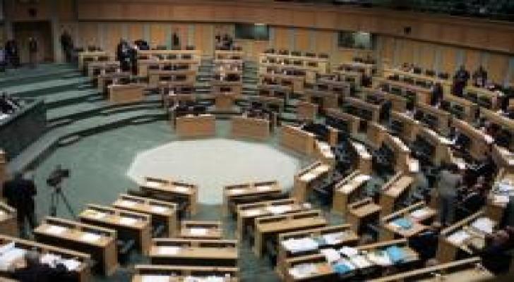 30 نائبا يطالبون الحكومة بوضع خطة لإدارة وسداد الدين العام