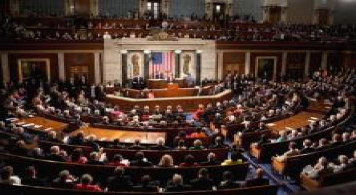 مجلس النواب الأميركي يقر تعليق استقبال اللاجئين السوريين والعراقيين