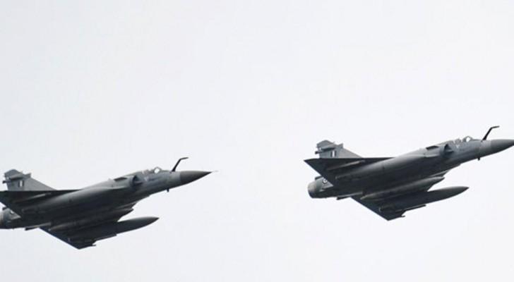 طائرتان حربيتان تابعتان لسلاح الجو اليوناني - ارشيفية