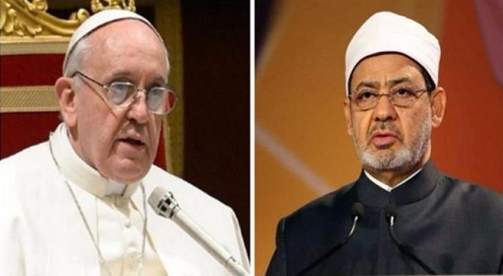 لقاء تاريخي بين البابا فرنسيس وشيخ الأزهر في الفاتيكان