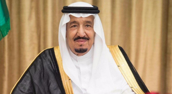 الملك سلمان: نتذكر في رمضان أن العالمَ كُله يشتكي من داء الإرهاب