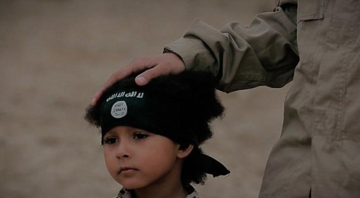 طفل داعش الصغير يظهر فجأة في السويد!