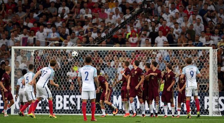 روسيا تقتنص نقطة ثمينة أمام إنجلترا