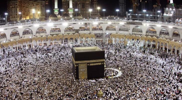 مليونا مصل ليلة الـ27 من رمضان بالمسجد الحرام