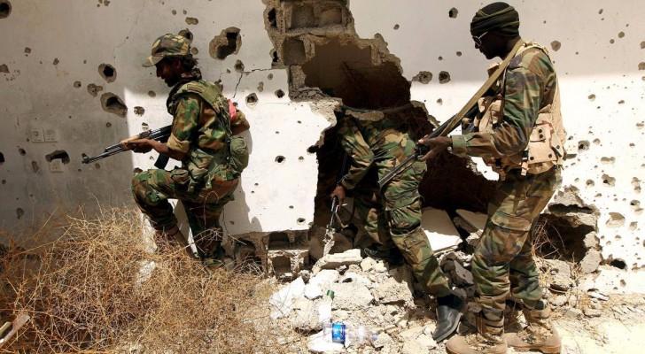 """""""مفخخة"""" تقتل 12 جنديا في بنغازي"""