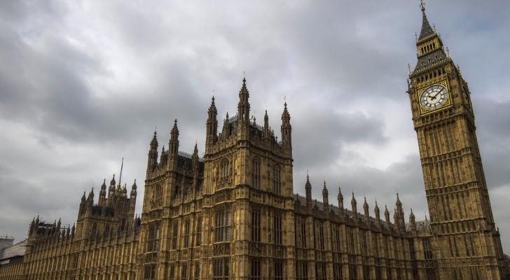 مبنى مجلس العموم البريطاني في لندن